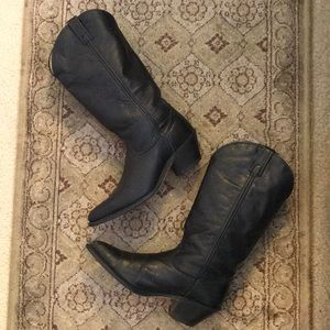 Dingo leather Boots.